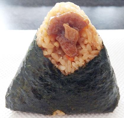 セブンイレブン「鶏五目ごはんおにぎり(130円)」