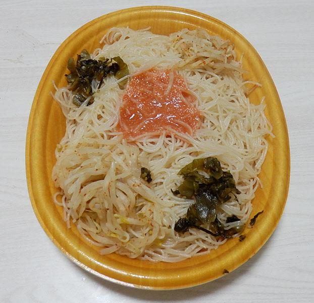 ファミリーマート「明太子と高菜のピリ辛焼ビーフン(360円)」