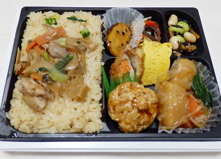 セブンイレブン「温めなくても美味しい!鶏五目ごはん弁当(540円)」