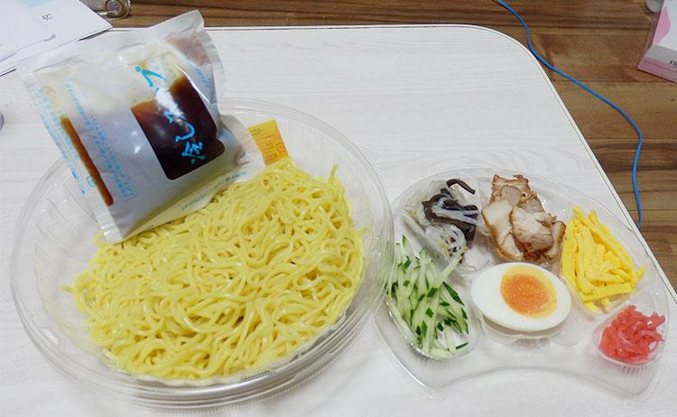ファミリーマート「冷し中華(480円)」