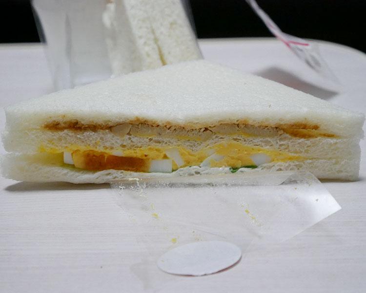 「グリルチキン・玉子サンド」サンド