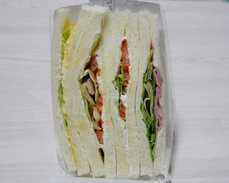 デイリーヤマザキ「大きなサンド 野菜(285円)」