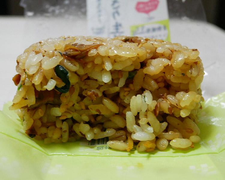 セブンイレブン「もち麦もっちり!あさり生姜おにぎり(130円)」