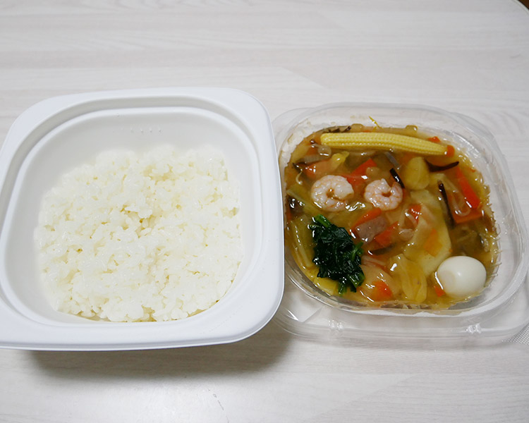 ポプラ「ごま香る 10品目の中華丼(450円)」