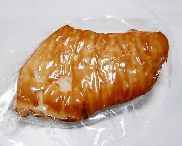 ファミリーマート「スモーク香る国産鶏サラダチキン糖質0g(258円)」