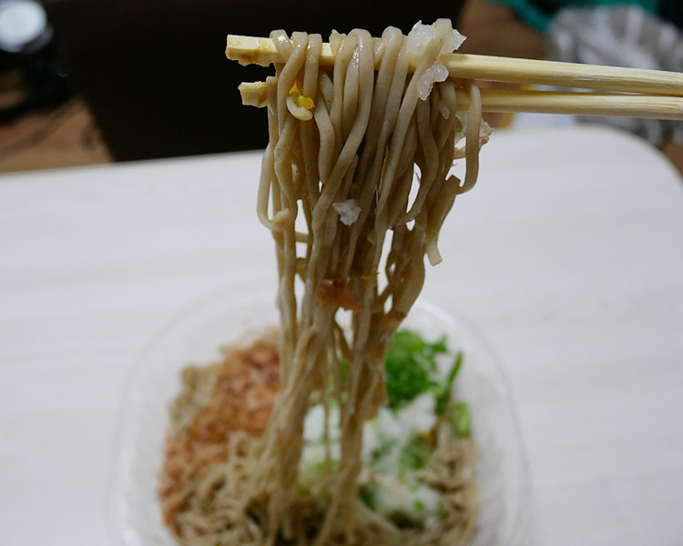 セブンイレブン「大盛!粗おろし蕎麦(453円)」