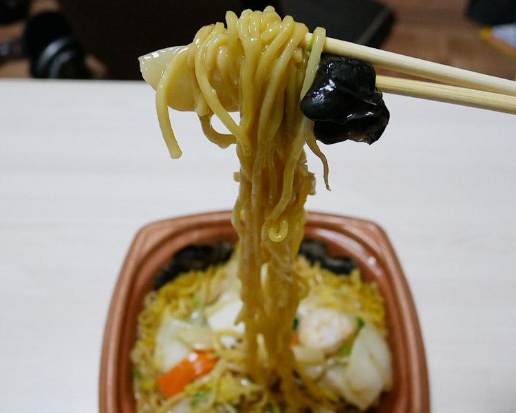 セブンイレブン「香ばし麺の五目あんかけ焼そば(550円)」