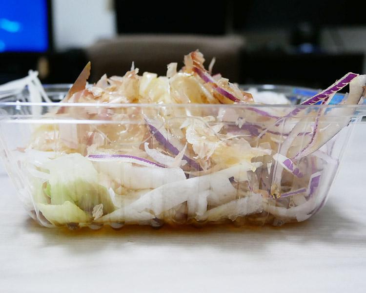 ローソン「玉ねぎサラダ(148円)」