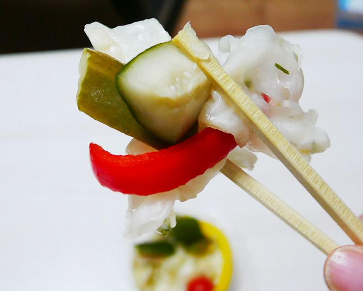 セブンイレブン「7種野菜のさわやかピクルス(216円)」