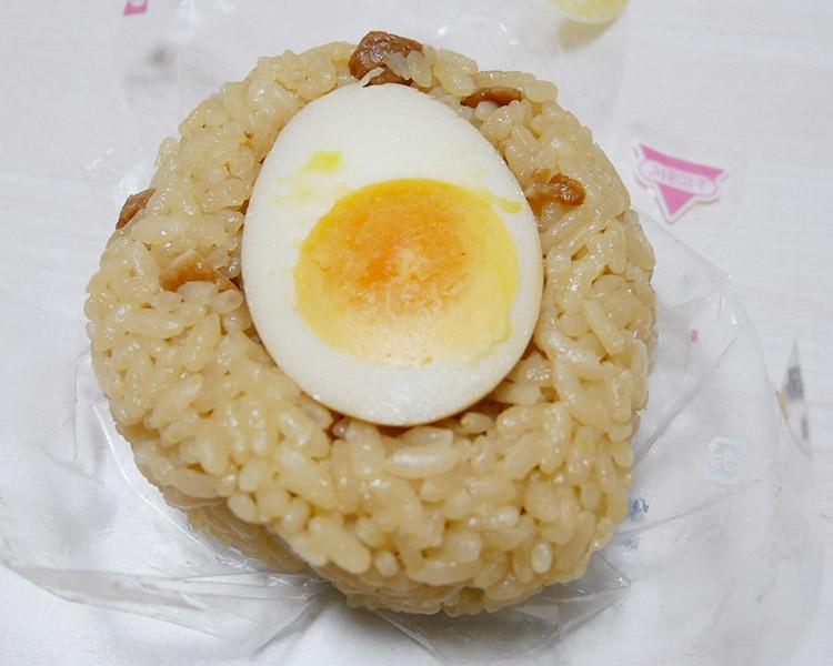 デイリーヤマザキ「おにぎり 煮玉子醤油ラーメン風味(150円)」