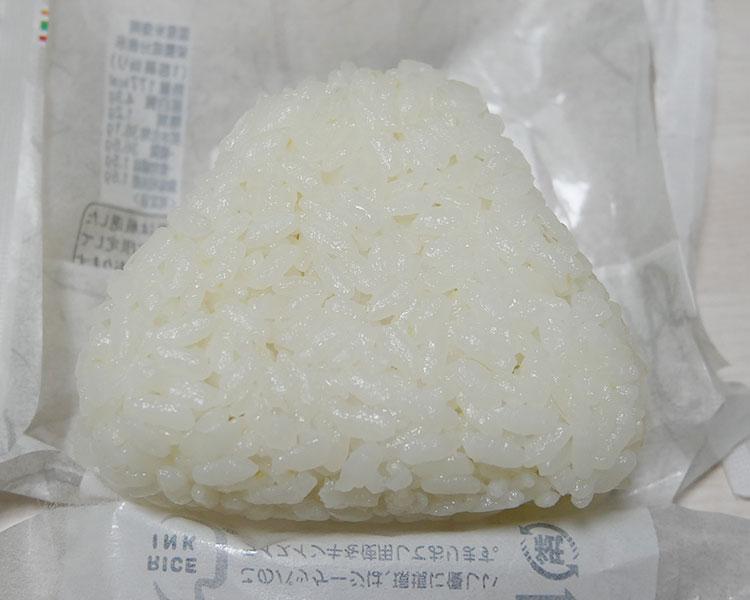セブンイレブン「厳選米おむすび 天然真鯛の藻塩焼き(135円)」