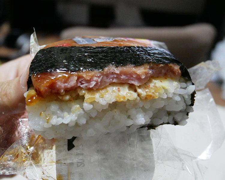 ファミリーマート「あらびきソーセージおむすび(150円)」