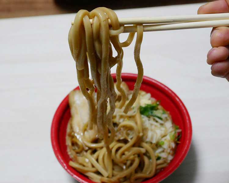 ファミリーマート「大盛にんにく醤油ラーメン(550円)」