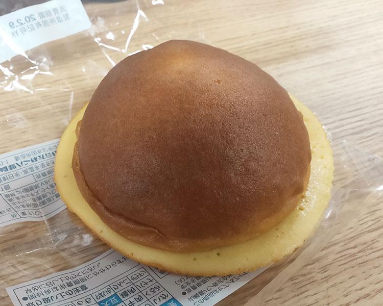 セブンイレブン「ホイップクリームが入ったブールパン(108円)」
