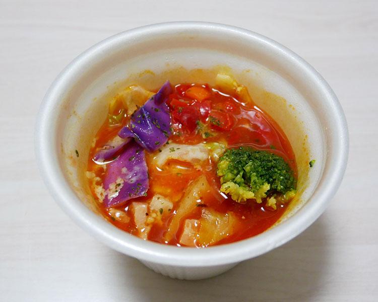 ファミリーマート「高リコピントマト1個使用のサラダスープ(338円)」