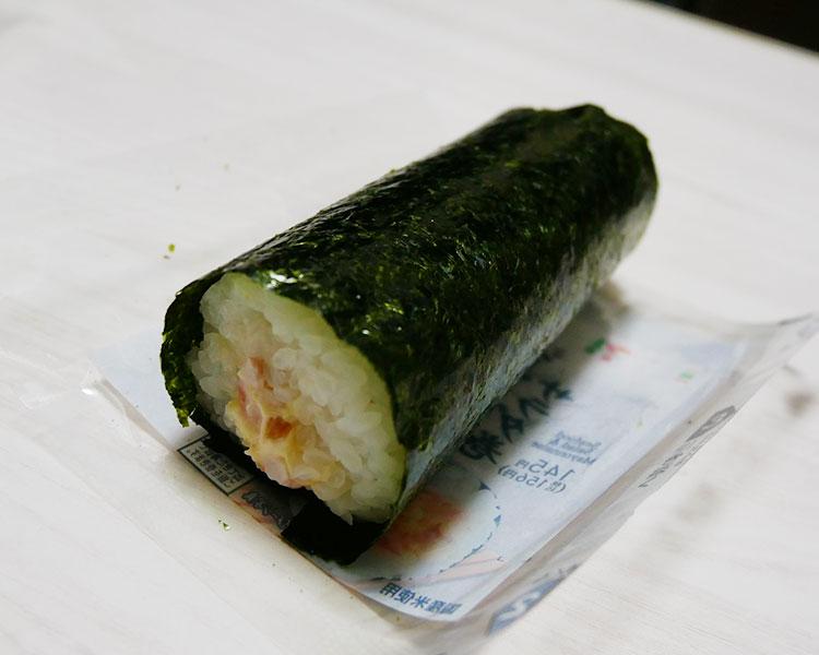 セブンイレブン「手巻寿司 シーフードサラダ巻(156円)」