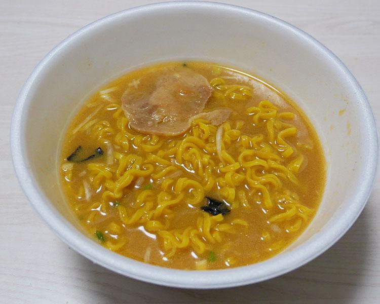 ローソン「麺屋雪風 札幌濃厚味噌らーめん(278円)」