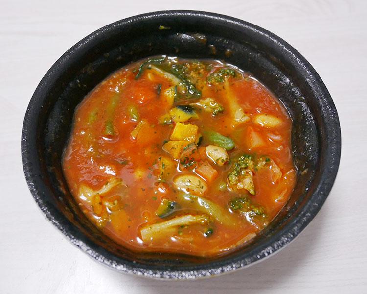 まいばすけっと「1日分緑黄色野菜のミネストローネ[もち麦入り](321円)」
