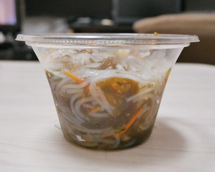 まいばすけっと「沖縄県産もずくのサラダ(213円)」