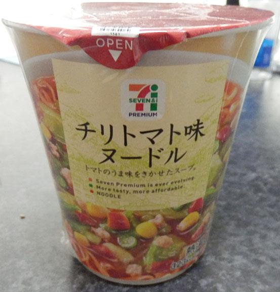 チリトマト味ヌードル(98円)